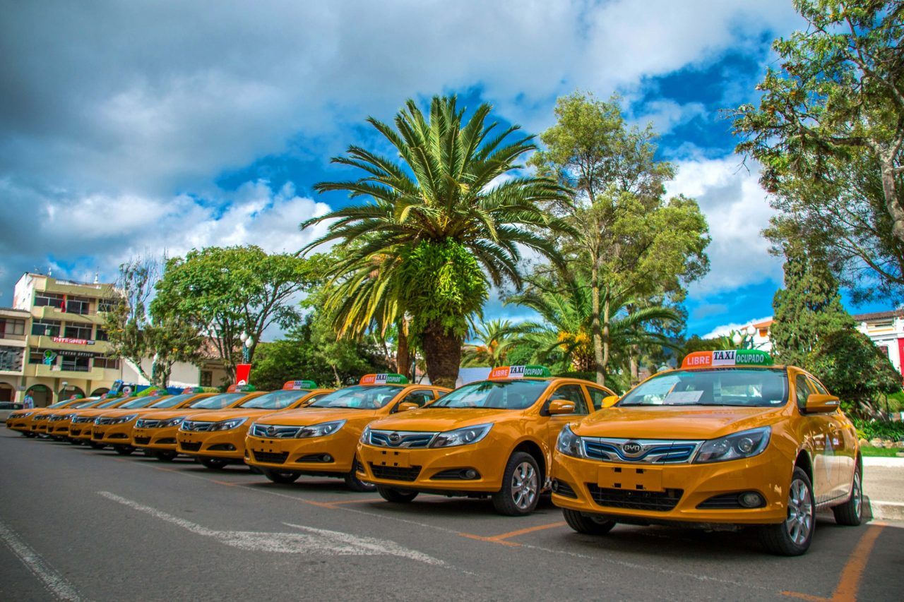 Photo of Ecuador se une a la movilidad sostenible con 30 taxis eléctricos BYD