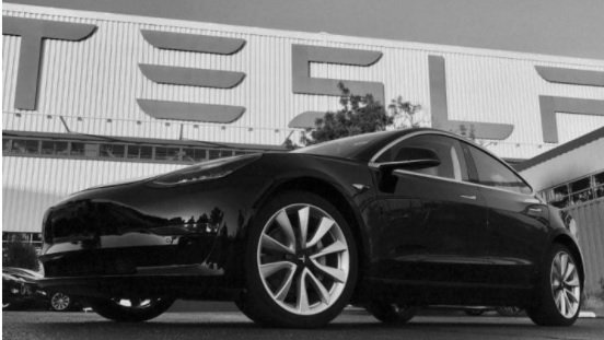 Photo of Tesla Model 3, La Revolución de la movilidad eléctrica