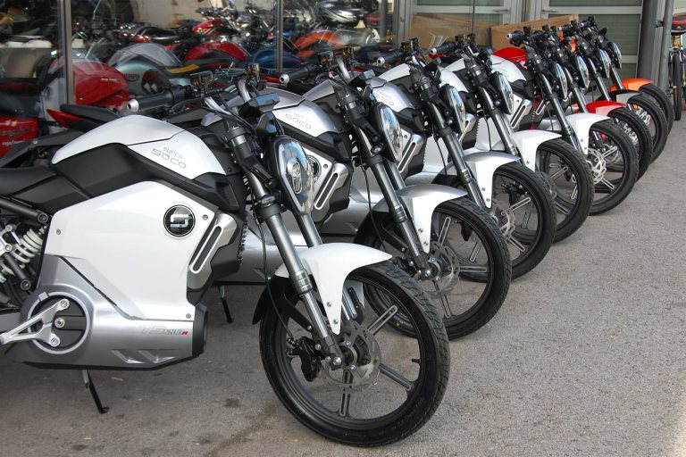 Photo of Se disparó la venta de motos eléctricas en Colombia en enero de 2018